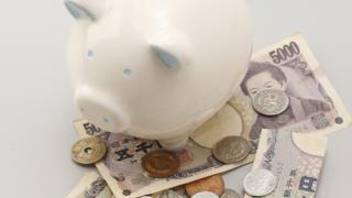 50代独身女性のおひとり様…お金の使い方は?
