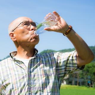 実は水分を沢山摂取するのがNGである理由