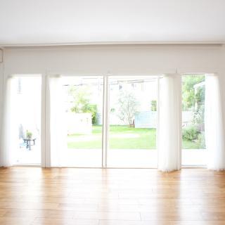 夏の暑さ対策は窓から始めよう!知っておきたい便利グッズ4選